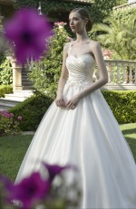 WEDDING DRESS PLEATED DRAPE
